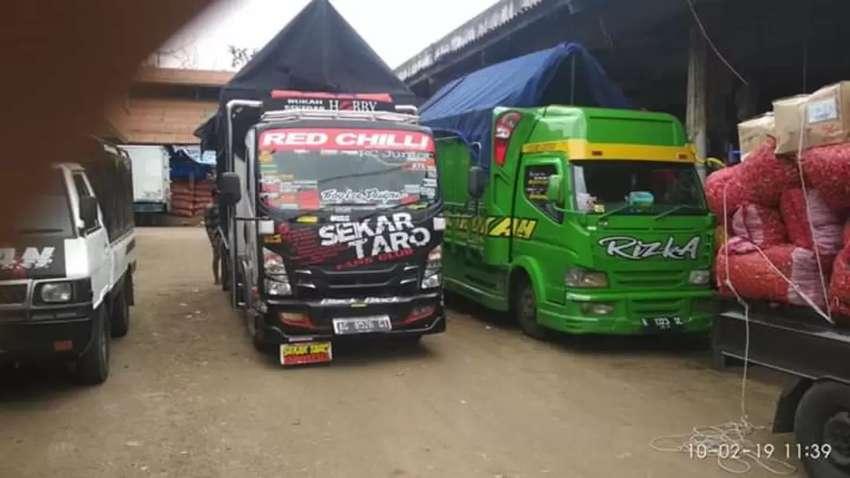 Sidia unit truck CDD//Fuso//Tronton jasa angkut barang 0