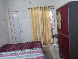 Working Students only Rooms for rent near Sahara hospital