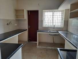 3bhk flat for sale in Porur Signal near