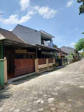 DIKONTRAKKAN Rumah Selatan PLN POM Bensin Gedong Kuning Banguntapan