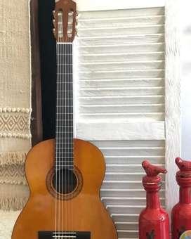 Gitar Yamaha original