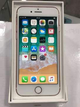 Iphone 5s/6 /6s / 7 with one year warranty [ New Condition ]