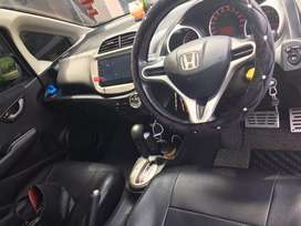 Di jual Honda Jazz RS 2012