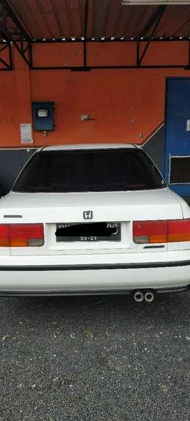 Dijual mobil Accord Maestro 1993