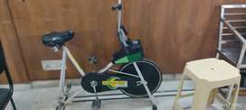 Exercise bycycle