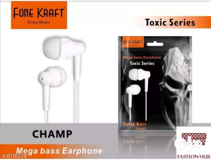 WIRED EARPHONES 0