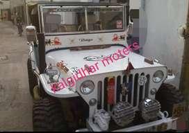 White modified jeep