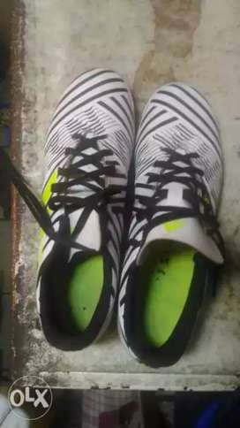 Football shoes size 8