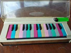 Pianika mainan keyboard piano jadul antik lawas