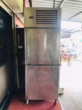 Deep fridge good condition