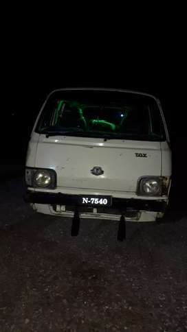 Toyota hiace diesel engine..inner total genion..outer touching