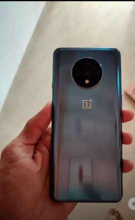 Marvelous Model OnePlus 7T available with warranty and bill