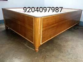 A brand new box bed diwan size 4/6.5