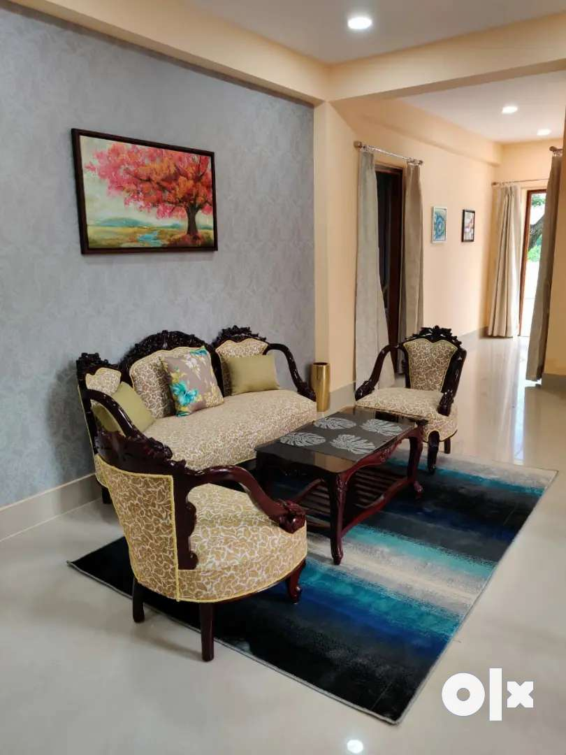 Carved wooden sofa set with 5 years of warranty
