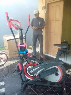Sepeda statis trackerfitt 50 kenomascare
