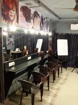 Black Color Hair Academy Wooden Interior Sale