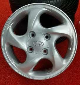 """15"""" 4x100 Hyundai oem alloys"""