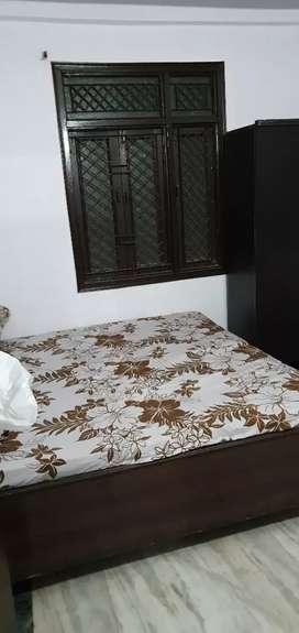i want need room mate from azamgarh all faciliaty availavle