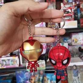 Gantungan kunci iron man dan spiderman