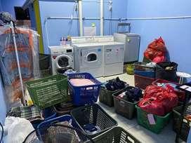 yang berpegalama dalam laundry , di utamakan yg bisa berpegalaman