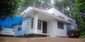 House and plot for sale on muncipal area at kurisupally kunthalampara.