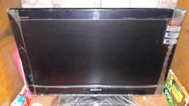SONY LCD TV, model- KLV 22BX350, age 07 year.