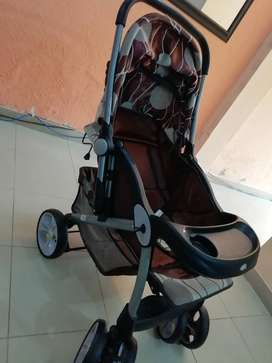 Clean and very good quality stroller for sale!