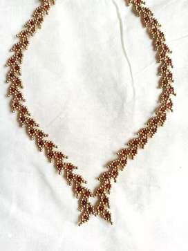 Leafy vine necklace