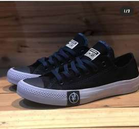 Converse Undefedeated