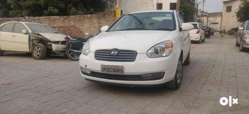 Hyundai Verna CRDI VGT SX 1.5, 2009, Diesel 0