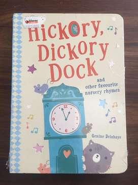 Buku Import Hickory Dickory Dock