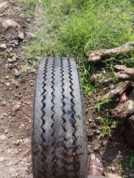 Tyar MRF 70to 80 % good