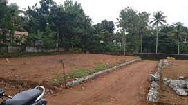 7 cent Square plot for sale. near SP office pathanamthitta.