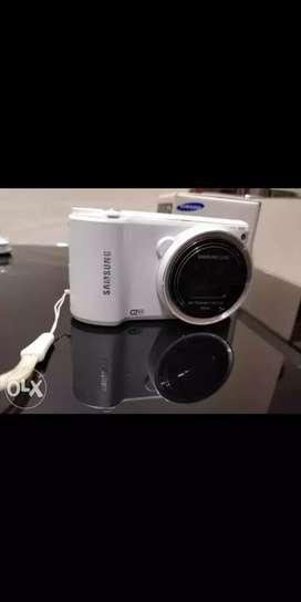 Camera- Samsung WB250F