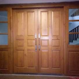 Kusen pintu jati berkualitas.
