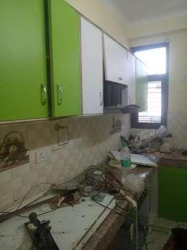 2 bhi, modular kitchen, Almera, kitchen chimney, ro, split ac 1.5 ton