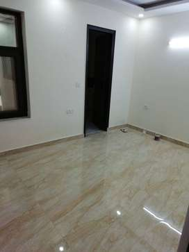 3BHK  FLAT FOR SALE NEAR NHPC METRO IN GREEN FIELD COLONY FARIDABAD