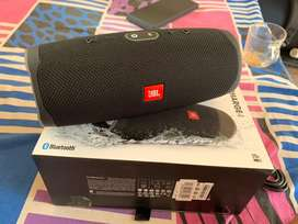 Used JBL Charge 4 in brand new condition