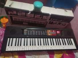 Keyboard psr f51