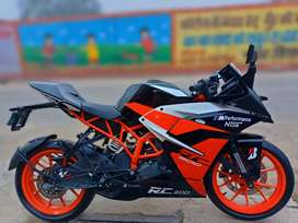 Ktm/Rc  Mint condition scratch less like brand new