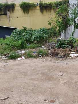 700 yards open plot for rent in madhapur East facing