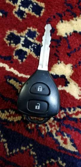 JAPAN IMPORTED TOYOTA NEW MODEL CAR KEY FOR SALE