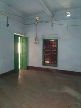 Bhawanipur Beside Harish Mukherjee Road 3rd Floor 2BHK Flat Rent 18K