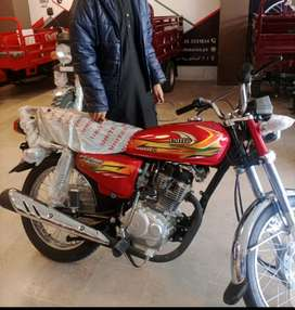 United 125 Model 2021 condition good used 200km