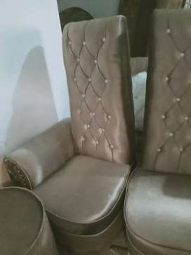high back chaire