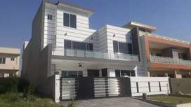 F11-Beautiful New Double Unit 25×60 4Bed Full House Available For Rent