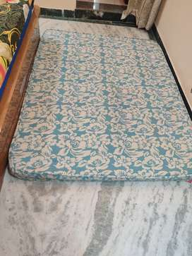 Kurlon coir and foam mattress 6ft X 5 ft in good condition