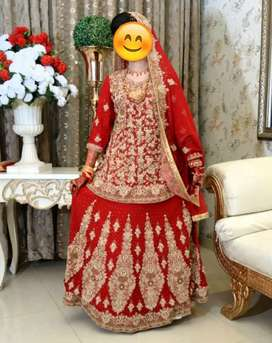 New Bridal lehnga from liberty boutique on order. Just few hours used.