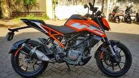 Ktm Duke 250 (1 owner) excellent condition