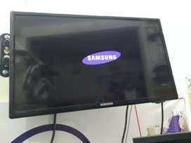 Samsung original LED 26 inch in mint condition(U.S.A imported)